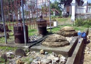 Makam Sayyid Jalaluddin, wafat tahun 1453M