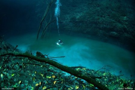 sungai-dalam-laut1